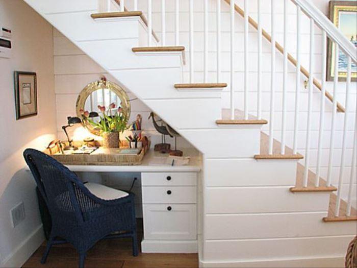 Desk Under Stair – Horiz