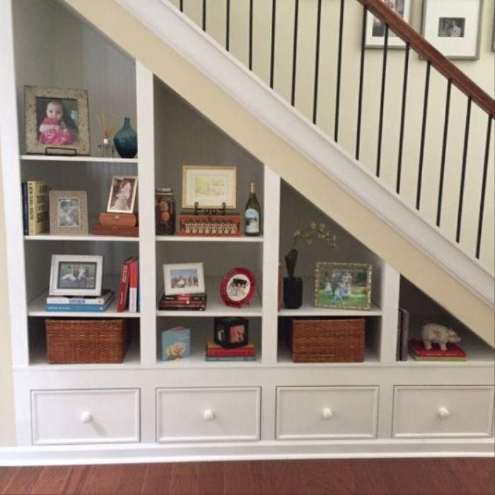 Shelving Under Stairs – Square