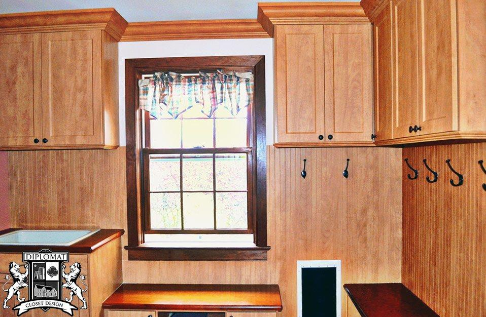 mudroom-custom-cabinets-home